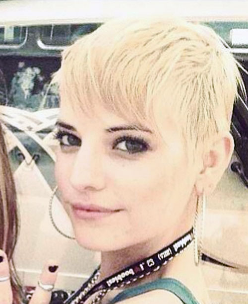 Juliet Simms Straight Golden Blonde Pixie Cut Hairstyle