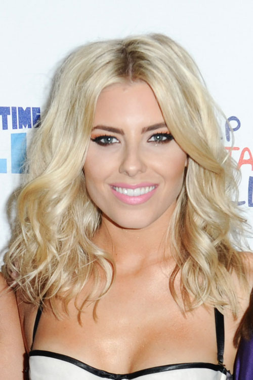 Mollie King Wavy Golden Blonde Hairstyle Steal Her Style