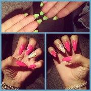 zendaya nails steal style