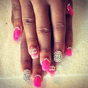 nail art with logo steal