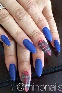 Zendaya Blue Nail Art, Plaid Nails | Steal Her Style