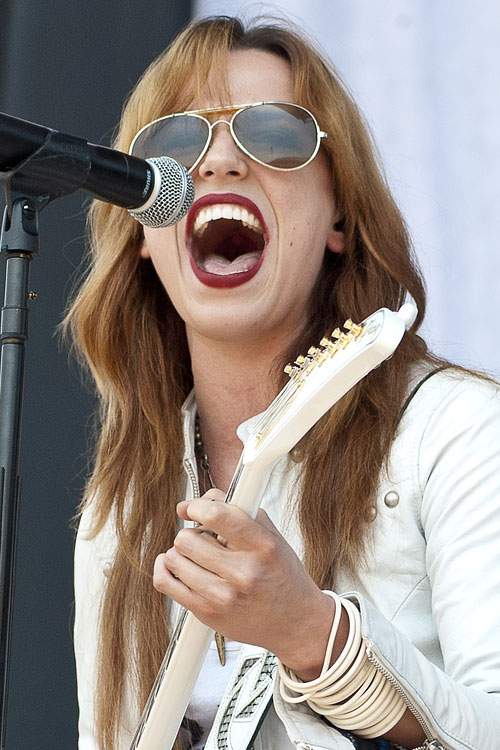 Lzzy Hale Wavy Angled Hairstyle Steal Her Style