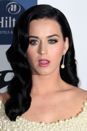 katy perry wavy black faux sidecut