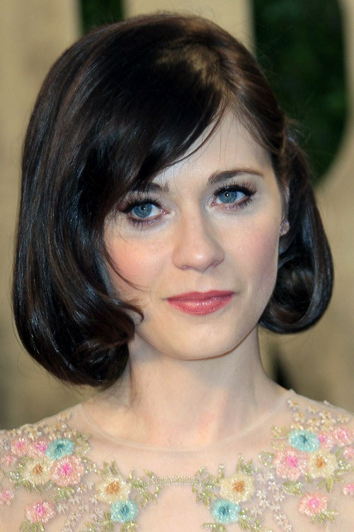 Zooey Deschanel Straight Bob Inward Curl Sideswept Bangs Hairstyle  Steal Her Style