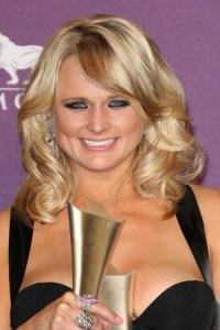 Miranda Lambert Hairstyles - Hairstyles By Unixcode