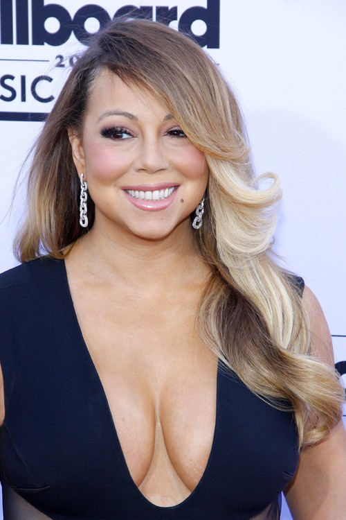 Mariah Carey's Hairstyles & Hair Colors Steal Her Style