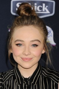 Sabrina Carpenter Natural Hair Color Link 852