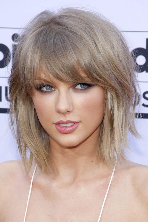 Taylor Swift Straight Light Brown Bob Choppy Bangs