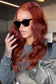 rihanna hairstyles & hair colors