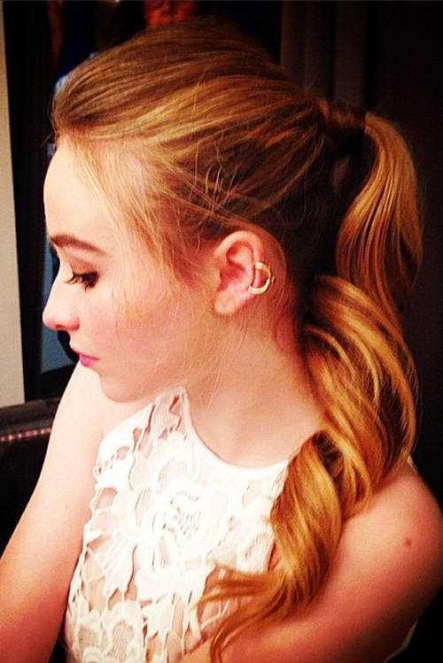 Sabrina Carpenter Wavy Medium Brown High Ponytail