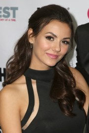 victoria justice hair steal