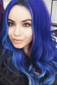 Sofia Carson Wavy Blue Uneven Color Hairstyle | Steal Her ...