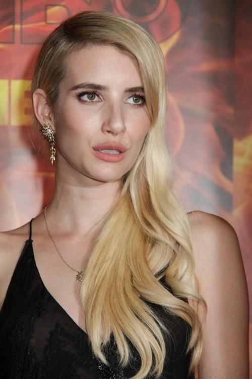Emma Roberts Wavy Golden Blonde Faux Sidecut Side Part