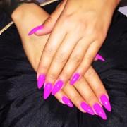 amber rose fuchsia nails steal