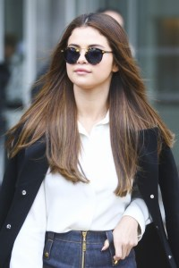 Selena Gomez's Hairstyles & Hair Colors | Steal Her Style ...