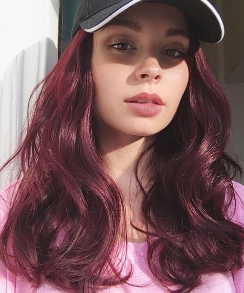 Nina Nesbitts Hairstyles Amp Hair Colors Steal Her Style
