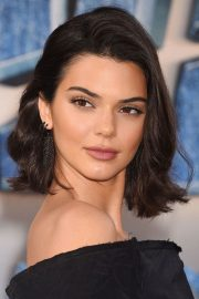 kendall jenner's hairstyles & hair