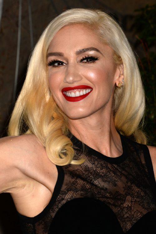 Gwen Stefanis Hairstyles Amp Hair Colors Steal Her Style