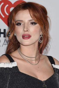 Bella Thorne's Hairstyles & Hair Colors | Steal Her Style