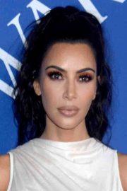 kim kardashian's hairstyles & hair
