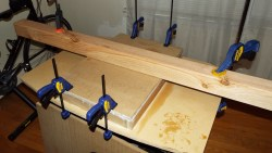 I used this unorthodox method to clamp the center of the top panel.