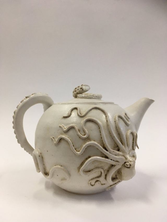 Teapot with creeping octopus and octopus arm handle 1