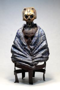 MALATU. Steampunk robot with a blue blanket. Sculpture by Tomàs Barceló. 1