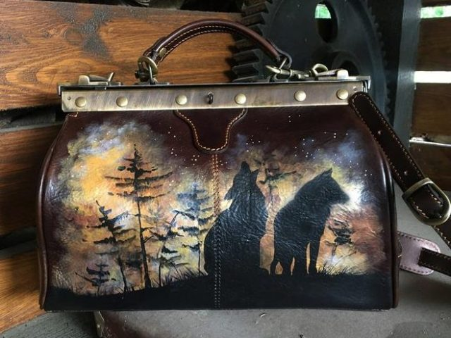 Hand painted doctor's bag purse. Wolf art work bag women. Chocolate leather
