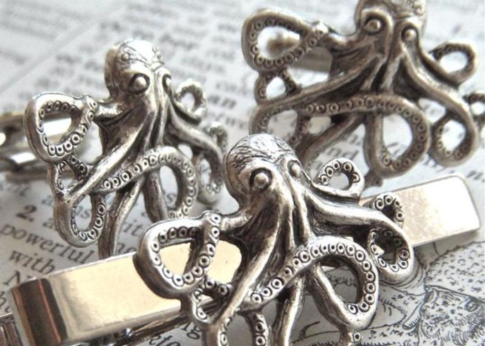 Steampunk Octopus/Kraken cufflinks & tie pin. 1