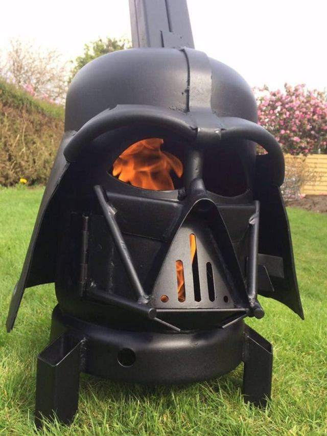 Darth Vader Wood Burner - Darth Vader Fire Pit - Star Wars Fire Pit - Darth Vader Helmet - Metal Art - Fire Pit - Wood Burner 3