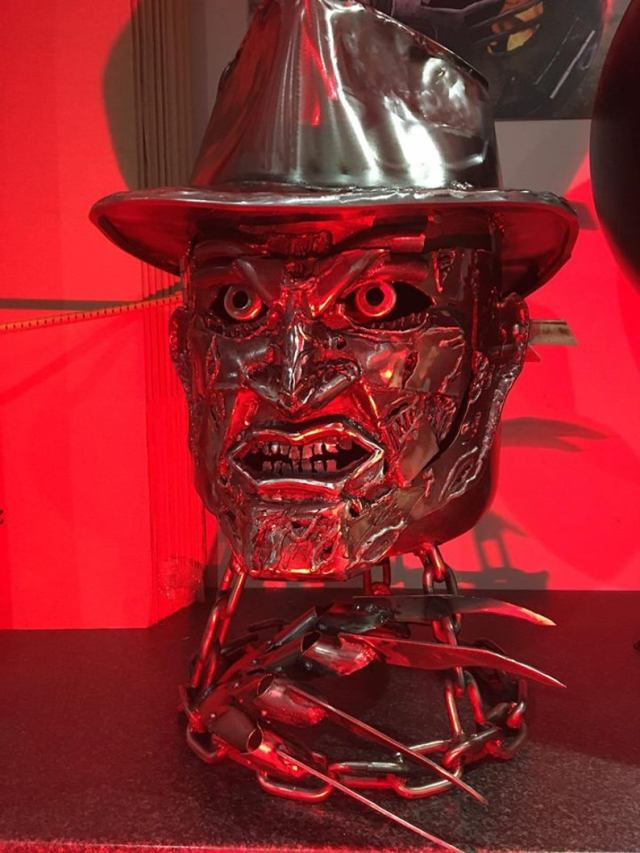 Freddy Krueger Wood Burner - Halloween Fire Pit - Halloween Wood Burner - Nightmare on Elm Street - Fire Pit - Freddy Krueger 5