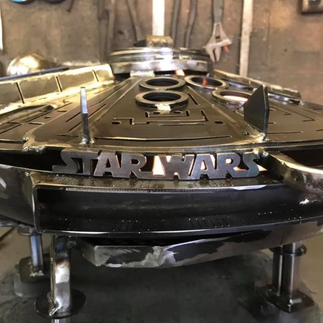 Star Wars - Metal Art - Millennium Falcon - Fire Pit - wood burner  6