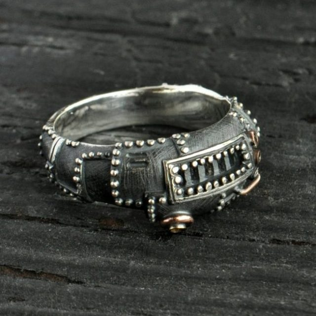 """Steampunk ring sterling silver """"Succederendum"""" 
