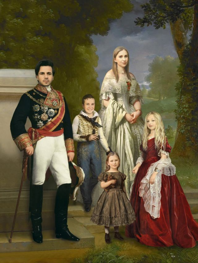 Victorian and Renaissance Fashion Portrait of your Family. 2
