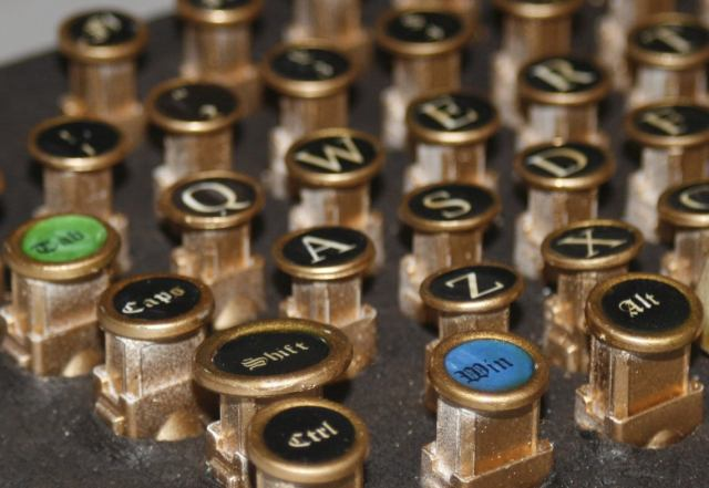 "steampunk PC keyboard ""classic""  6 pc"