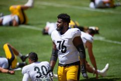 Pittsburgh Steelers offensive lineman Chukwuma Okorafor (76) trains at Heinz Field during the Steelers 2020 Training Camp, Wednesday, Aug. 17, 2022 in Pittsburgh, PA. (Caitlyn Epes / Pittsburgh Steelers)