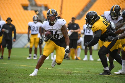 Pittsburgh Steelers running back Anthony McFarland Jr. (26) trains at Heinz Field during the Steelers 2020 Training Camp, Tuesday, Aug. 18, 2020 in Pittsburgh, PA. (Karl Roser / Pittsburgh Steelers)