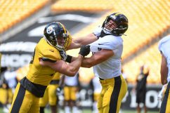 Pittsburgh Steelers linebacker T.J. Watt (90) and Pittsburgh Steelers tight end Vance McDonald (89) train at Heinz Field during the Steelers 2020 Training Camp, Tuesday, Aug. 18, 2020 in Pittsburgh, PA. (Karl Roser / Pittsburgh Steelers)