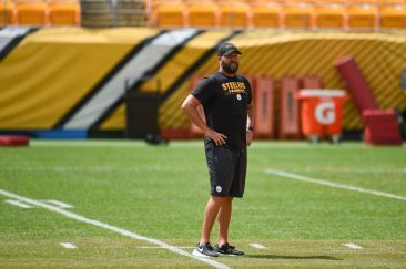 Pittsburgh Steelers quarterback Ben Roethlisberger (7) trains at Heinz Field during the Steelers 2020 Training Camp, Monday, Aug. 24, 2020 in Pittsburgh, PA. (Caitlyn Epes / Pittsburgh Steelers)