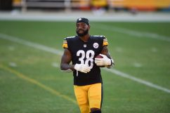 Pittsburgh Steelers running back Jaylen Samuels (38) trains at Heinz Field during the Steelers 2020 Training Camp, Monday, Aug. 22, 2022 in Pittsburgh, PA. (Caitlyn Epes / Pittsburgh Steelers)