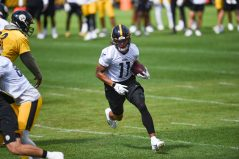 Pittsburgh Steelers wide receiver Chase Claypool (11) trains at Heinz Field during the Steelers 2020 Training Camp, Friday, Sept. 4, 2020 in Pittsburgh, PA. (Caitlyn Epes / Pittsburgh Steelers)