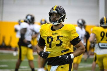 Pittsburgh Steelers nose tackle Chris Wormley (95) trains at the UPMC Rooney Sports Complex during the Steelers 2020 Training Camp, Thursday, Sept. 3, 2020 in Pittsburgh, PA. (Karl Roser / Pittsburgh Steelers)