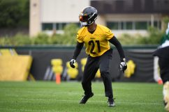 Pittsburgh Steelers safety Sean Davis (21) practices at the UPMC Rooney Sports Complex preparing for a Week 1 matchup against the New York Giants, Monday, Sept. 7, 2020 in Pittsburgh, PA. (Karl Roser / Pittsburgh Steelers)