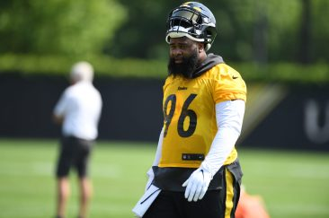 Pittsburgh Steelers defensive end Isaiah Buggs (96) participates in the Organized Team Activities (OTAs), Tuesday May 25, 2021 at the UPMC Rooney Sports Complex. (Karl Roser / Pittsburgh Steelers)