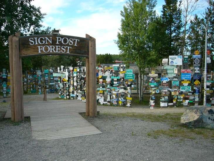 watson_lake_signpost