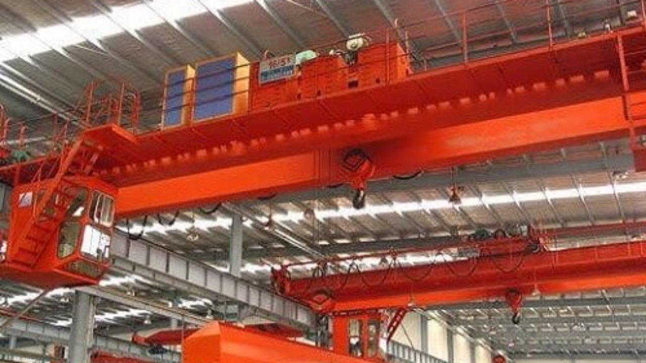 hight resolution of workshop overhead crane