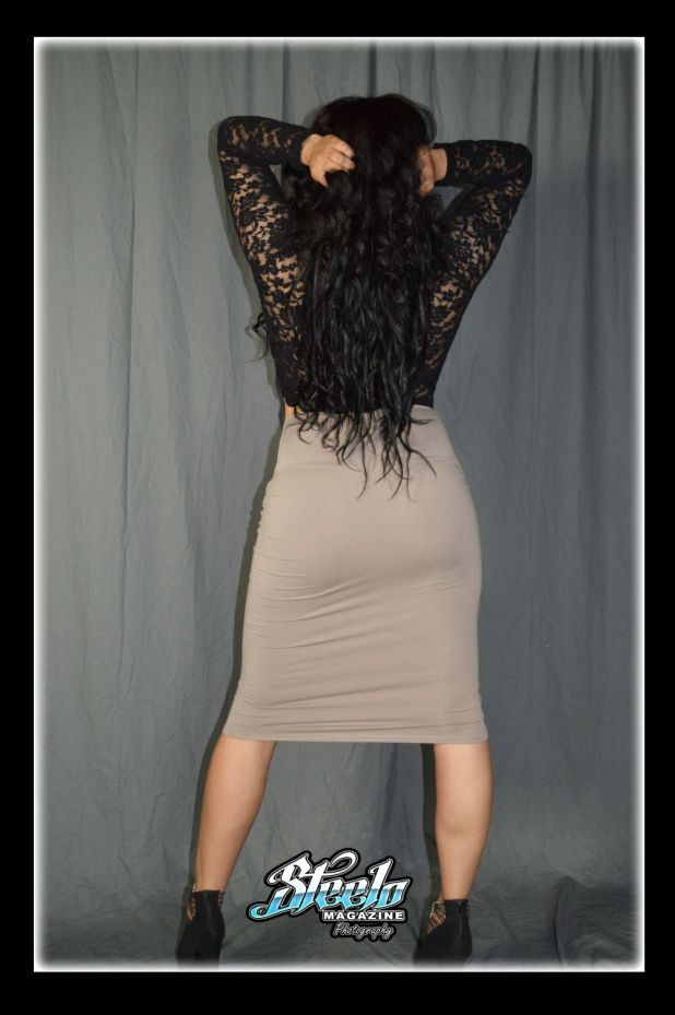 Yvettes 1st photo shoot pics (250)