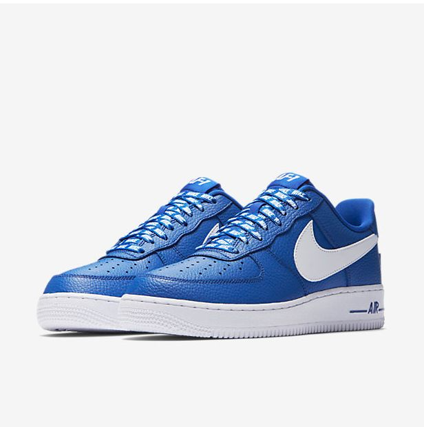 air-force-1-steelo-magazine-2-blue