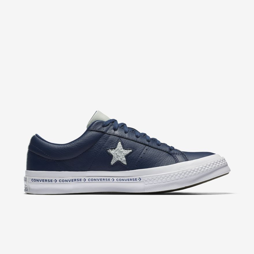 Star Pinstripe Low Top – Mens shoes