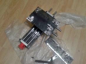 assembling mechanic XY